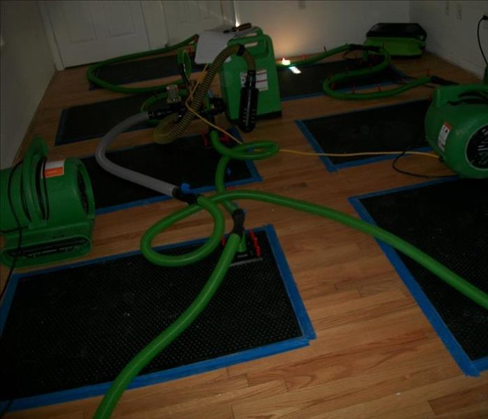 Wood Floor Drying Extraction Mats