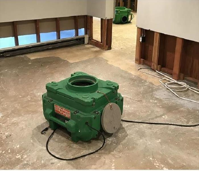Why SERVPRO What is an Air Scrubber and Why Do We Use Them?