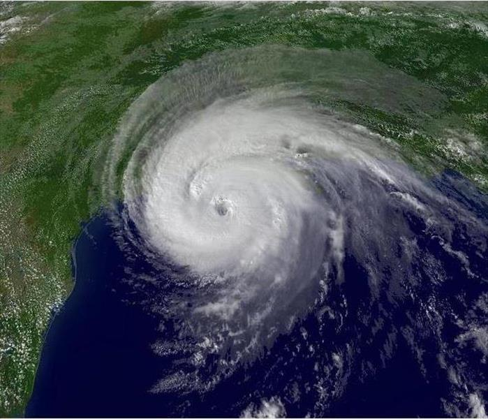 Storm Damage Hurricane Watch & Hurricane Warning, What's the Difference?
